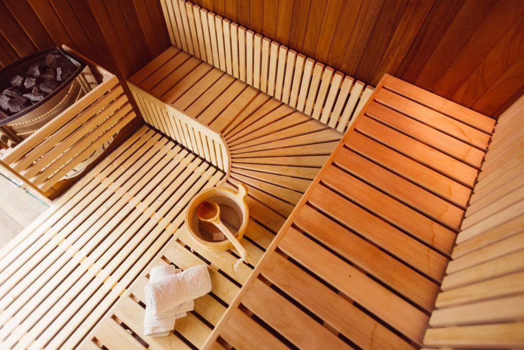 Sauna Benefits & 10 Tips to Maximize Your Next Sauna Session